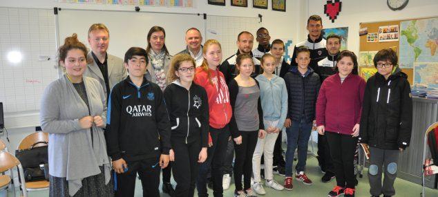 Rencontre du Clermont Foot 63 pour les élèves de l'ULIS de Ceyrat