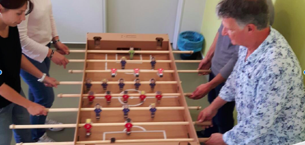 Un tout nouveau baby-foot au service pédiatrique de l'hôpital de Sainte-Marie